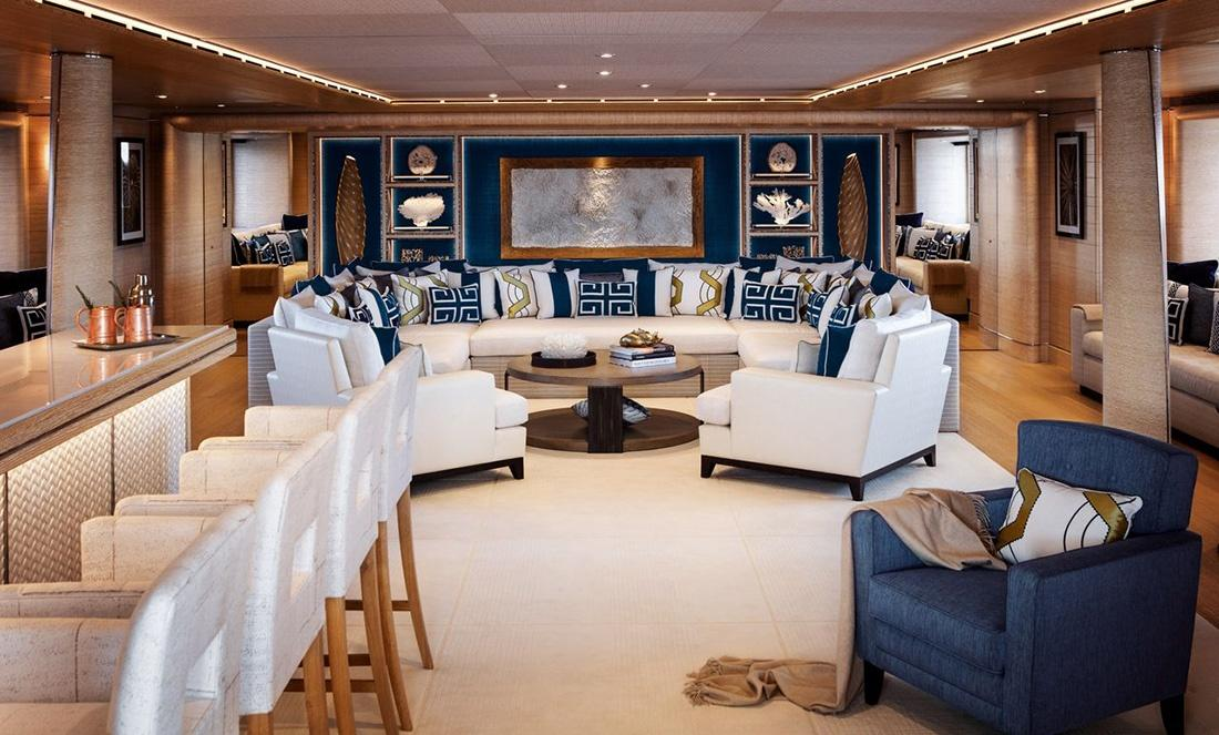 Cloud 9 Super Yacht