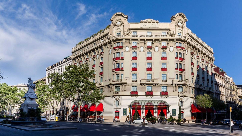 The Eternally Elegant El Palace Hotel In Barcelona