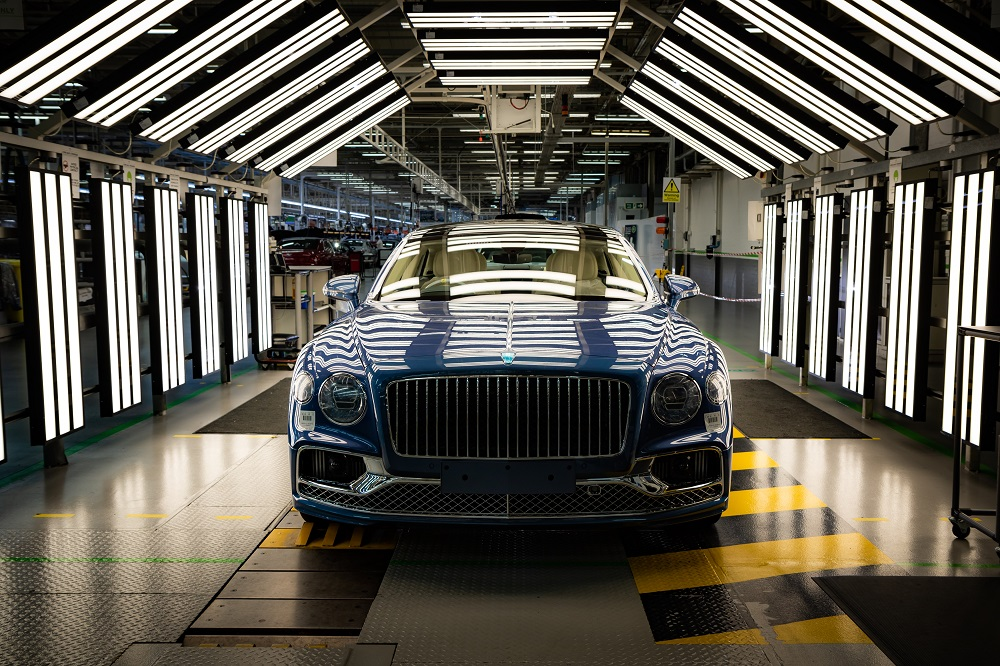 Bentley Flying Spur V8 Production And Deliveries Underway