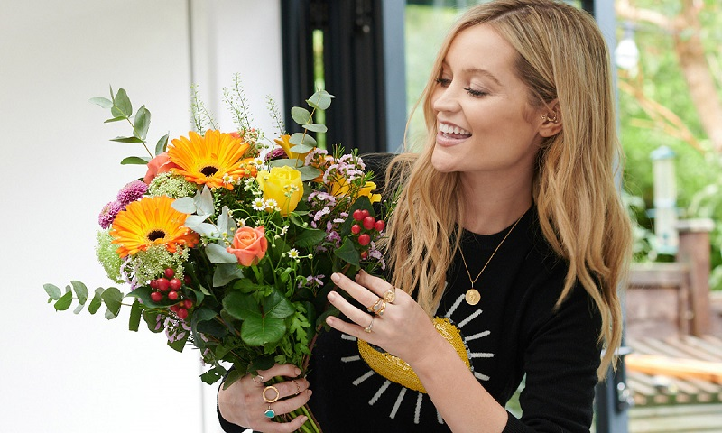 Our Ultimate Last Minute Christmas Gift Guide | Laura Whitmore 'The Laura' bouquet, £36, Moonpig.com