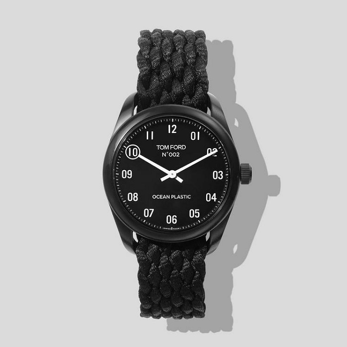 11 Thoughtful Gifts for Fashionable Gentlemen: A Holiday Shopping Guide | N.002 Ocean Plastic Watch