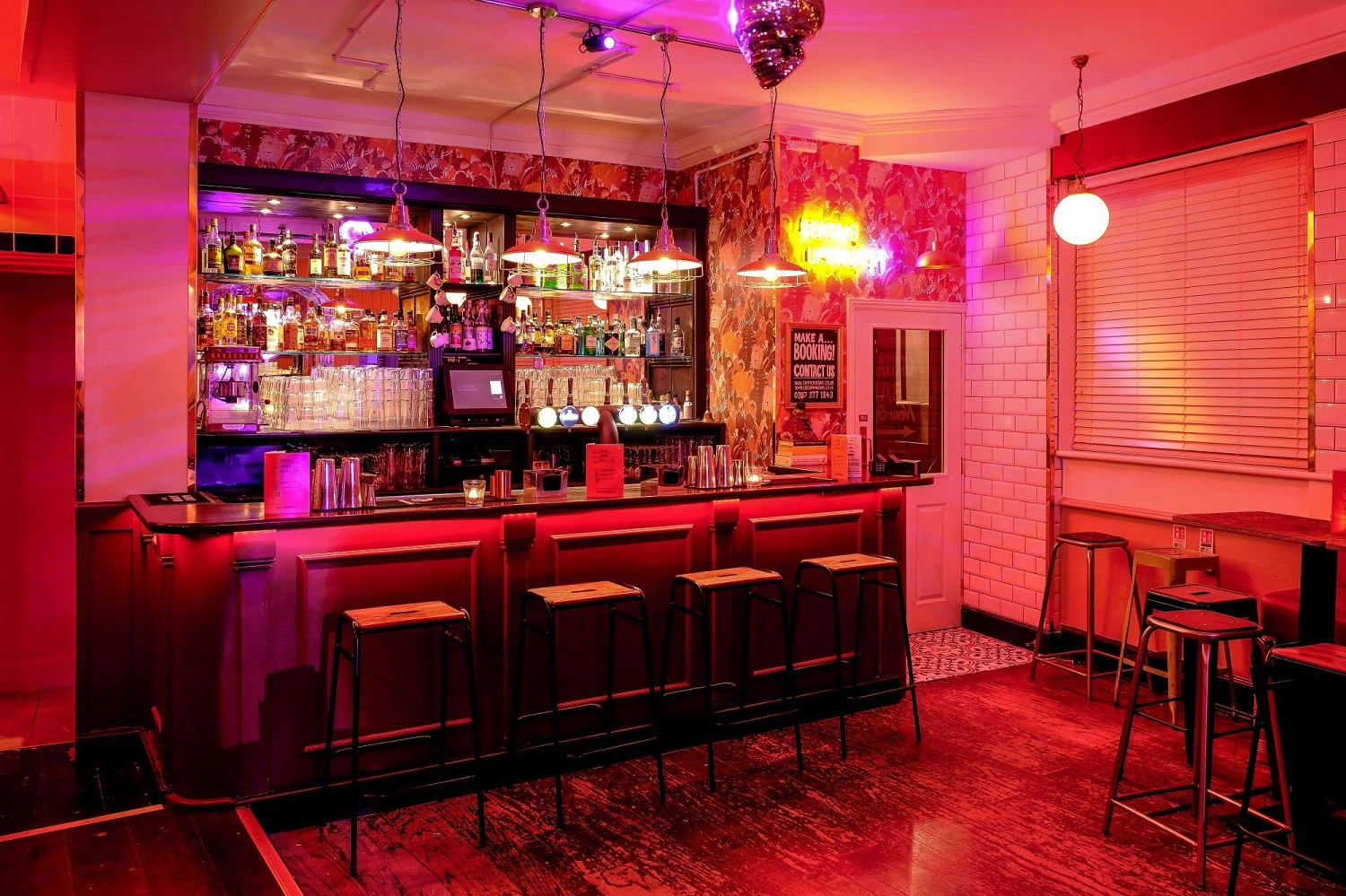 The Best Bars In Temple, London | Simmons