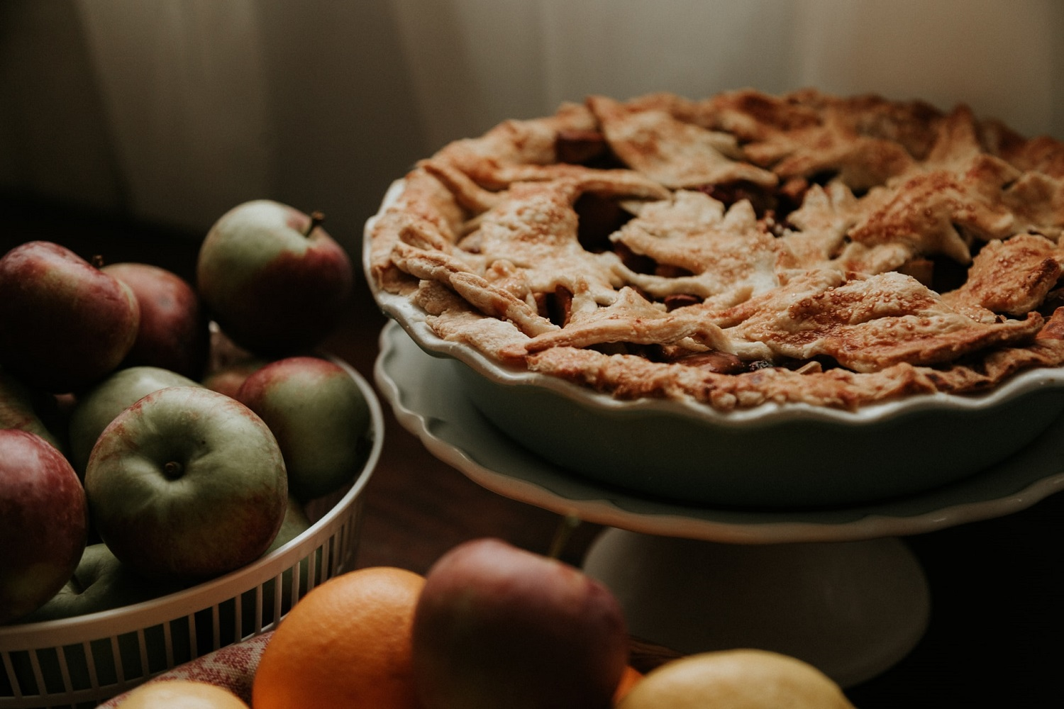 A Guide to Spiced Bourbon Apple Pie - With Recipe
