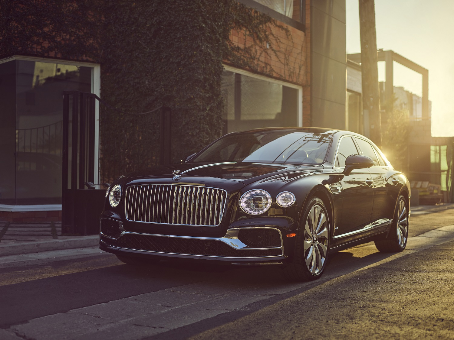 Flying Spur Named 'best Dream Machine' By Motorweek