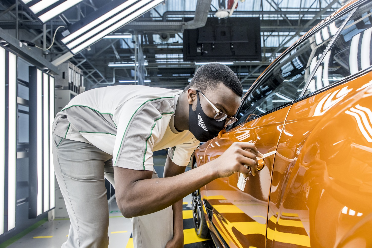 Bentley Motors To Welcome Biggest-ever Intake Of Trainees In 2021