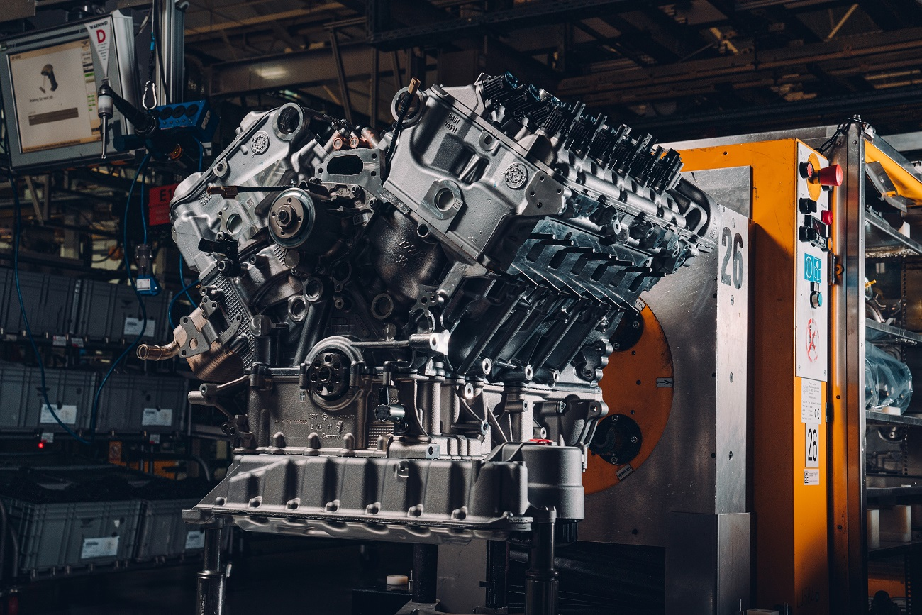 Bentley's First Customer Bacalar W12 Engine Completes Testing