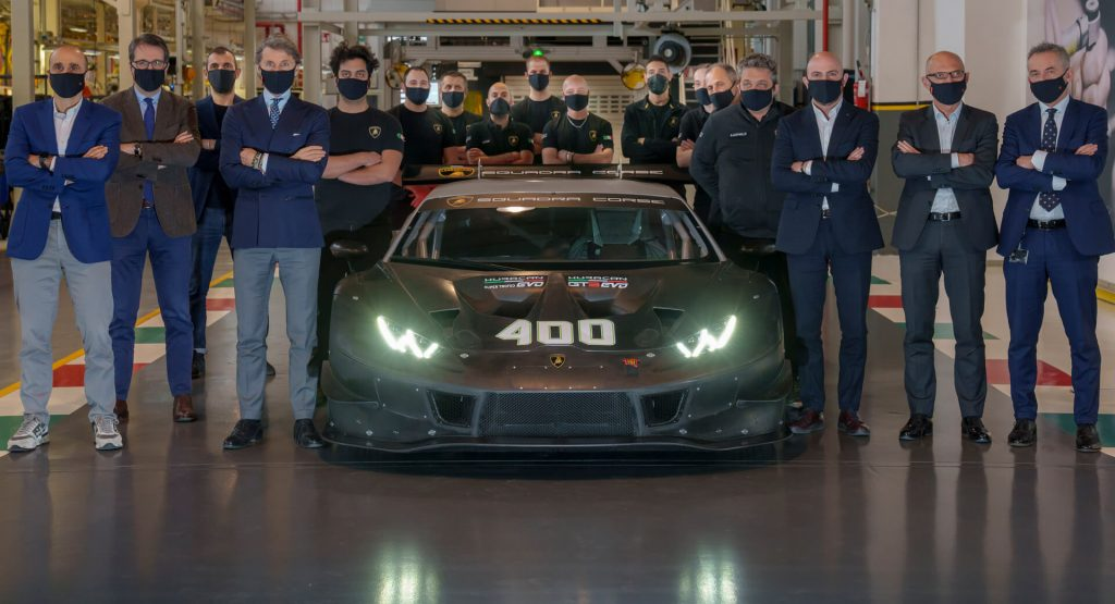 Lamborghini Celebrates Production Of The 400th Huracán Racing Car