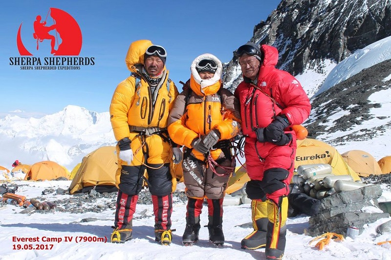 World's tallest rescue mission and unbalanced travel media
