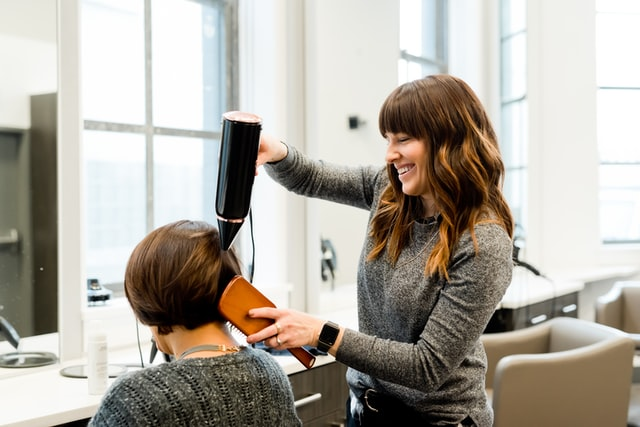 Keep Your Hair Healthy And Strong With These Care Tips